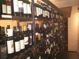 Wine Road - La strada dei vini su scaffali ferro