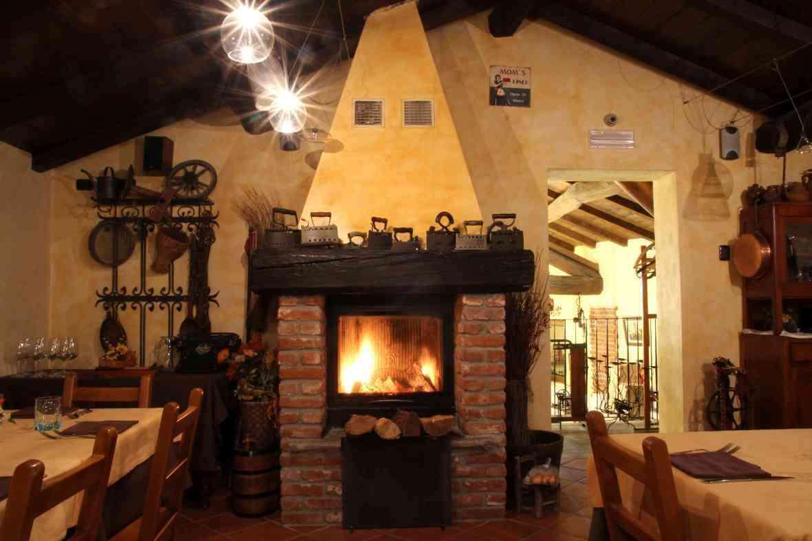 Le birre di croce di malto a cascina vittoria - Casa con camino ...