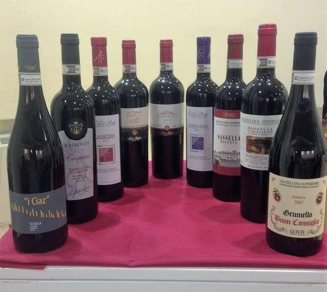 Bottiglie Valtellina Superiore DOCG al Grappolo d Oro 2016
