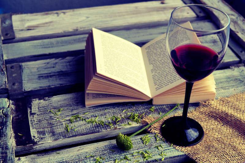 Libri sul Vino e abbinamento Libri e Vino: un connubio vincente