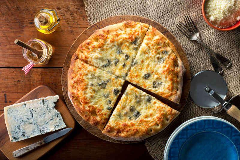 Pizza al Gorgonzola: quale vino abbinare?