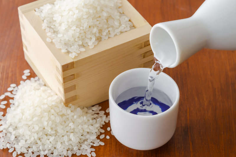 Sake giapponese e riso