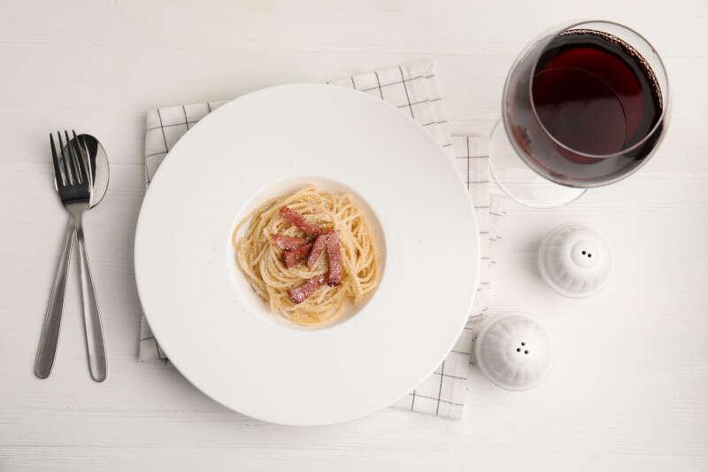Carbonara e Vino Rosso