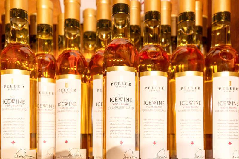 Bottiglie di Ice Wine della zona del Niagara